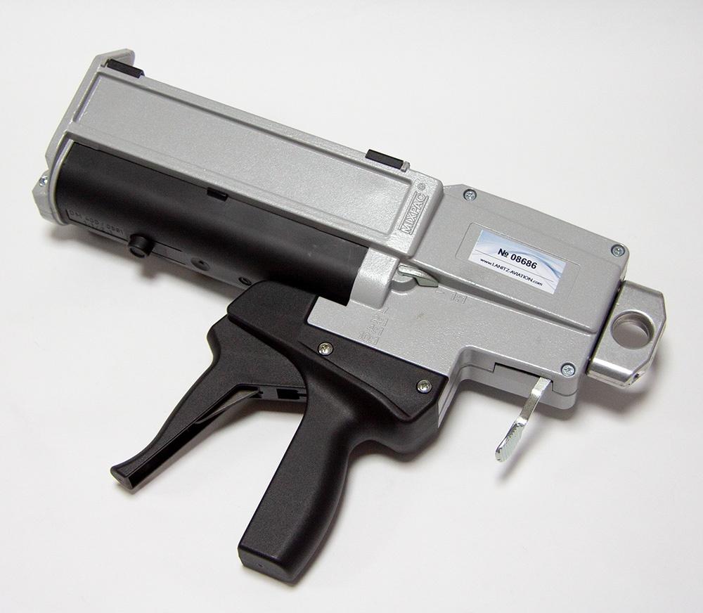 Dosierpistole für Epoxidharz Kleber